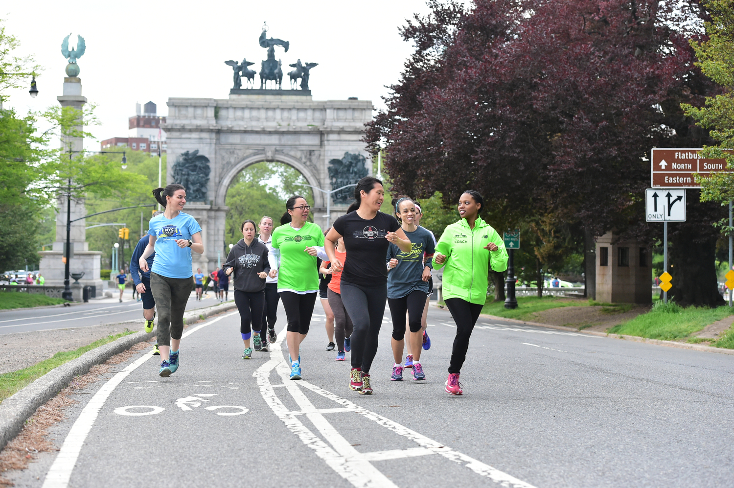 NYRR group training near Grand Army Plaza in Prospect Park