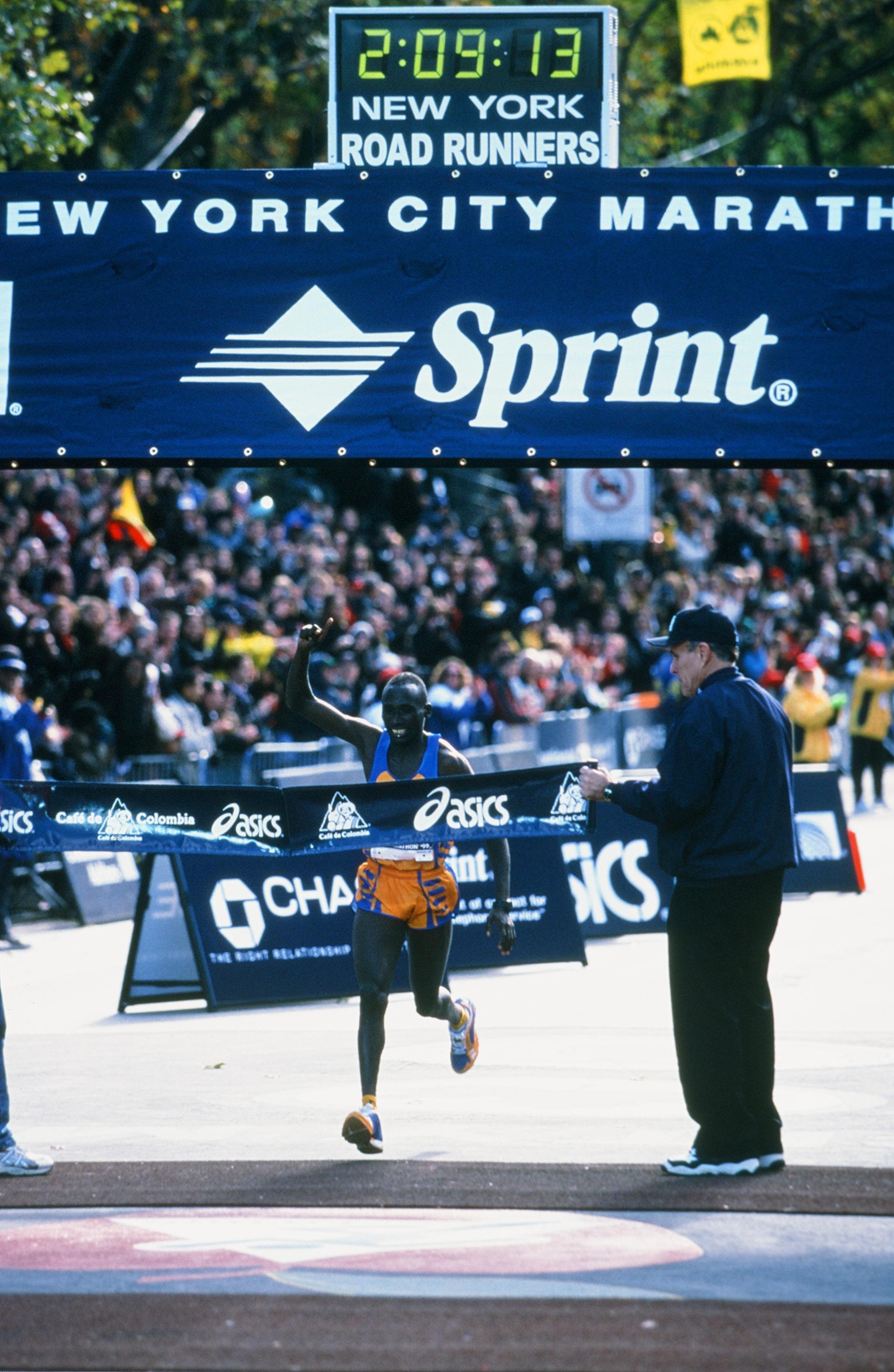 Joseph Chebet winning the 1999 New York City Marathon
