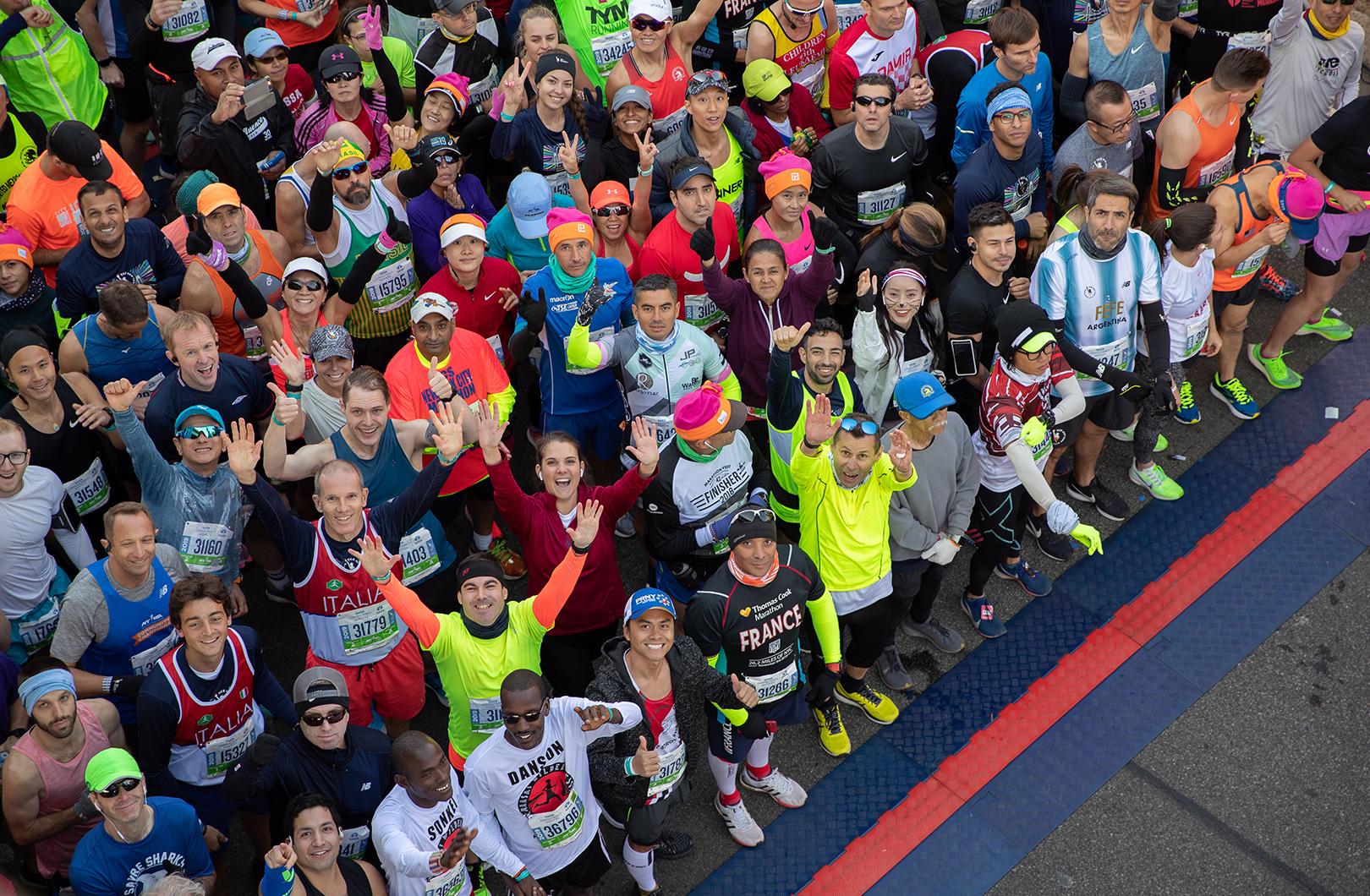 2019 TCS new York City Marathon runners at start